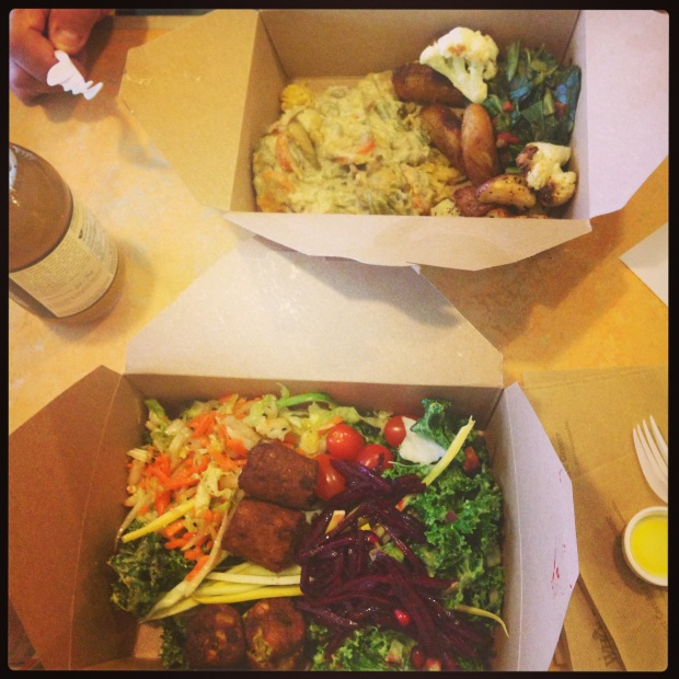 My dad and I dined at my favorite salad bar (I discuss that below). In my container: kale, falafel, beets, and numerous other veggies!